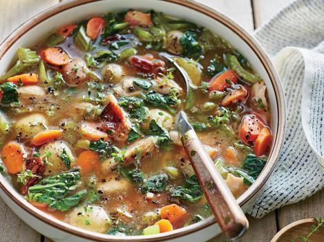 1610p51-slow-cooker-chicken-bacon-potato-soup.jpg